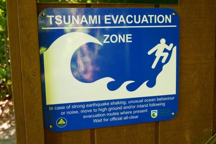 Beaucoup de prevention en cas de tsunami car les tremblements de terre sont fréquents