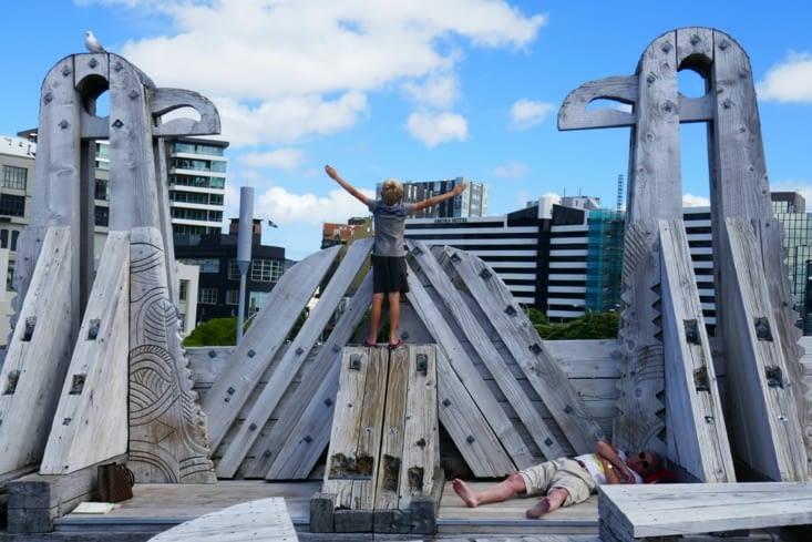Notre viking à l'assaut de la ville