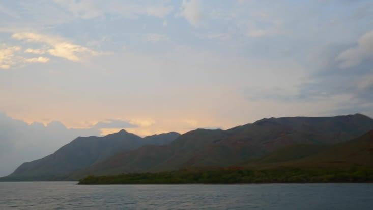 Petit coucher de soleil sur le bateau du retour