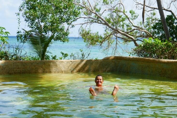Et la piscine d'eau de mer...