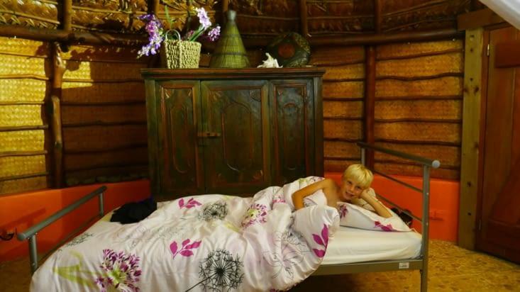 Et le lit personnel de notre petit prince et son Doudou