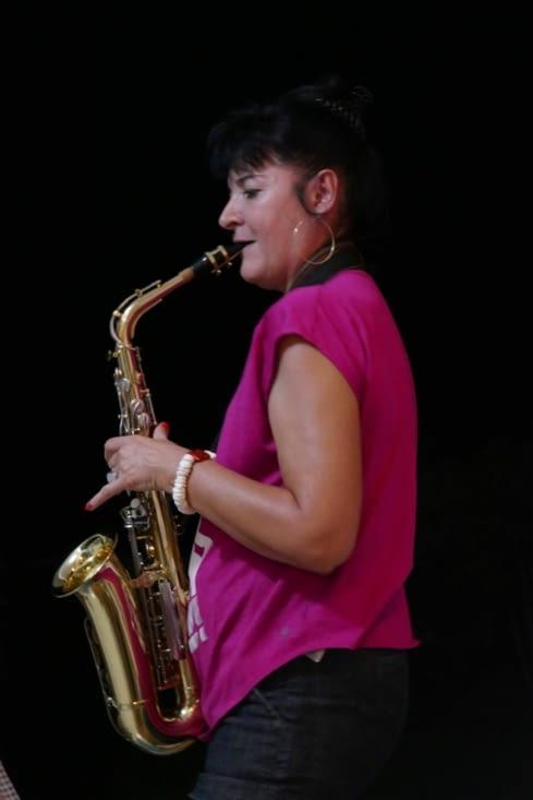 Concert privé sur la terrasse by Sophie qui joue dans un groupe à Tahiti