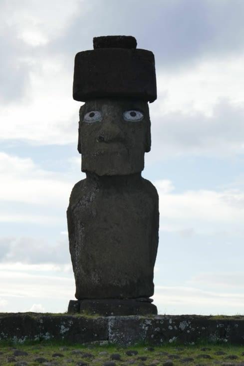 le seul Moai de l'ile à avoir ses yeux (en corail)