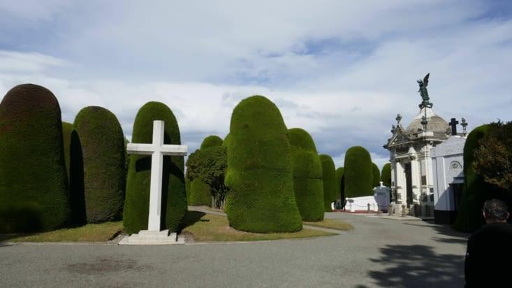 le cimetière aux suppositoires
