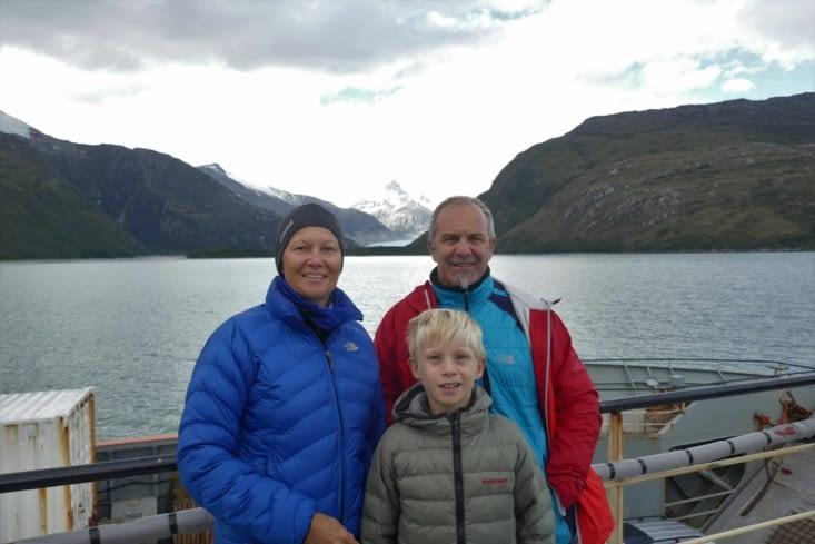 Pause famille sur le pont