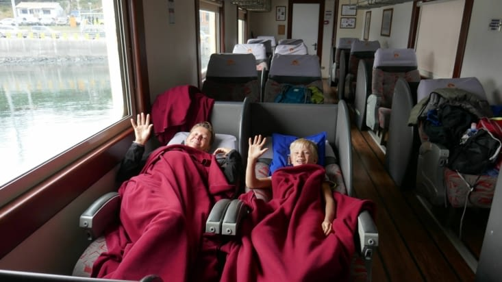 """mais le fauteuil """"cama"""" (couchette) est top, digne d'une 1ère classe en avion."""