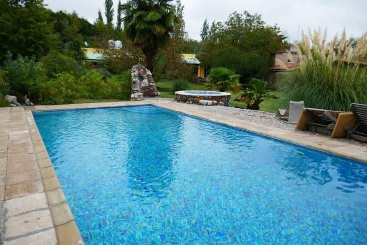 La piscine quasiment pour nous : le panard ! ....