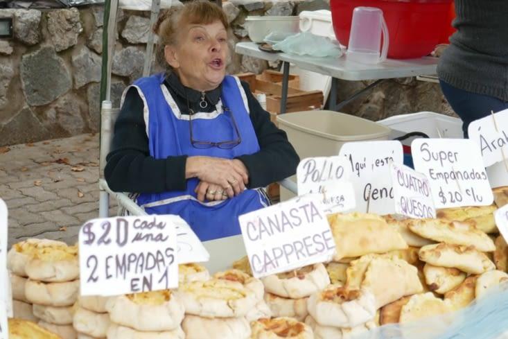 Les traditionnels empanadas: tourtes individuelles fourrées à la viande,légume, fromage..