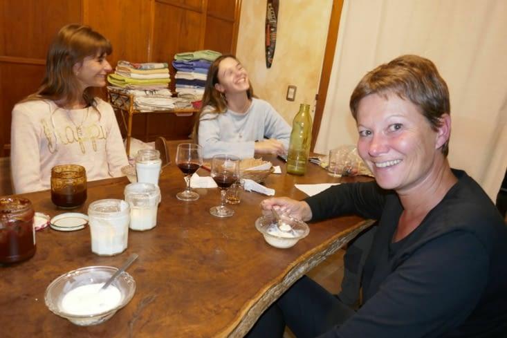 Ed,  Chris et leur fille Marine nous ont invités à manger le dernier soir