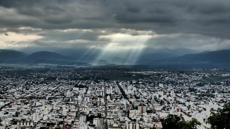 "Vue panoramique depuis la colline ""cerro Berbardo"""