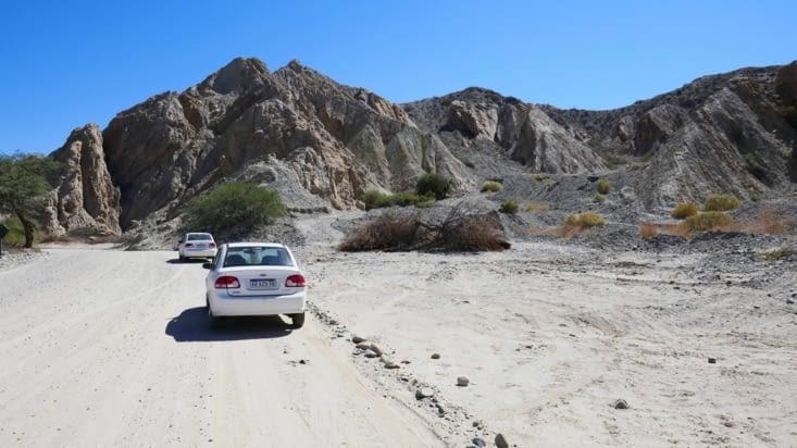 Quelques mètres plus loin c'est le désert complet