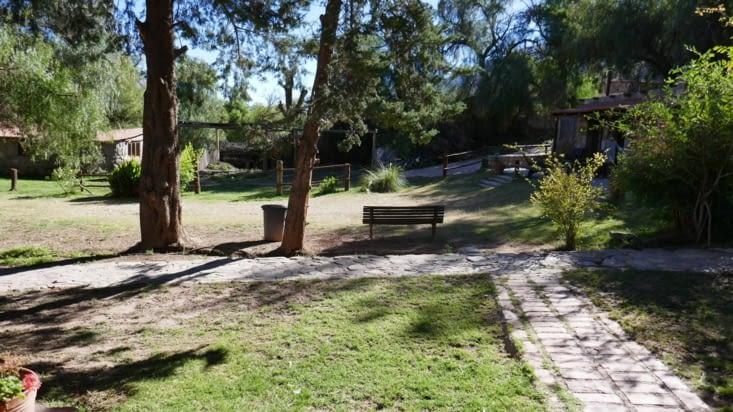 Le parc devant notre bungalow