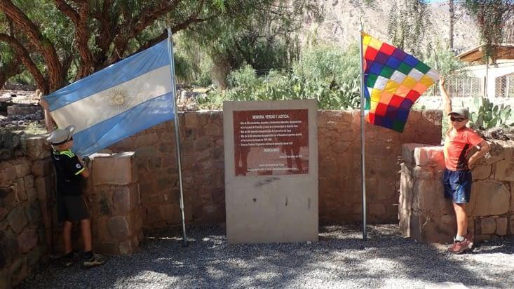 Un mémorial rappelant les atrocités des dictatures de 1976 à 1983 ainsi que le génocide
