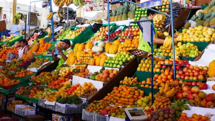 Ce matin, direction le marché de San Pedro pour faire le plein de couleurs