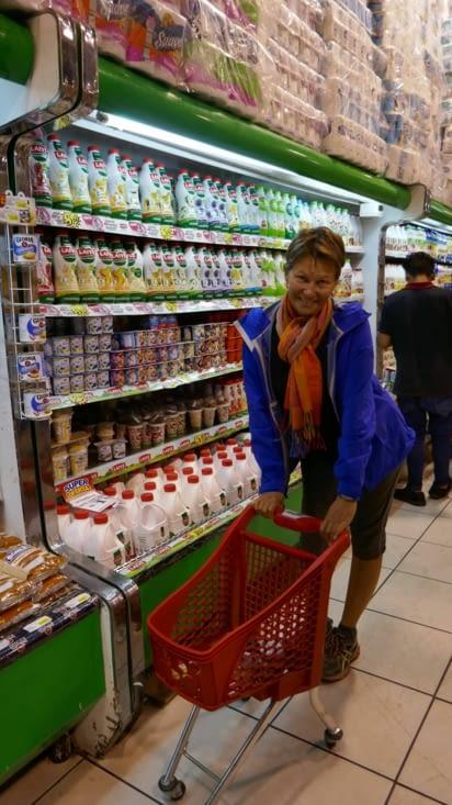 Notre Panthère au supermarché