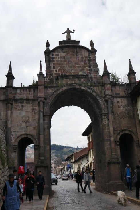 Une des portes de la ville