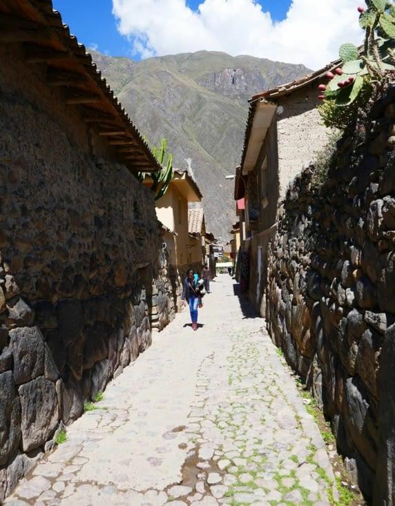 Ollantaytambo comporte de très nombreuses rue pavées très anciennes