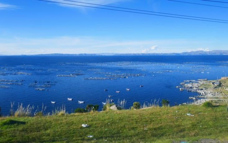 vue sur le lac depuis le bus
