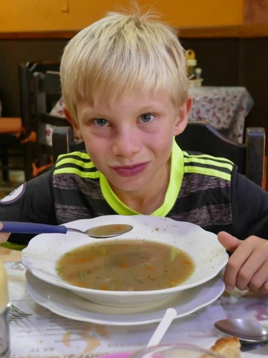 Maël nous a également parlé du droit des enfants qui autorise à ne pas manger de soupe...!