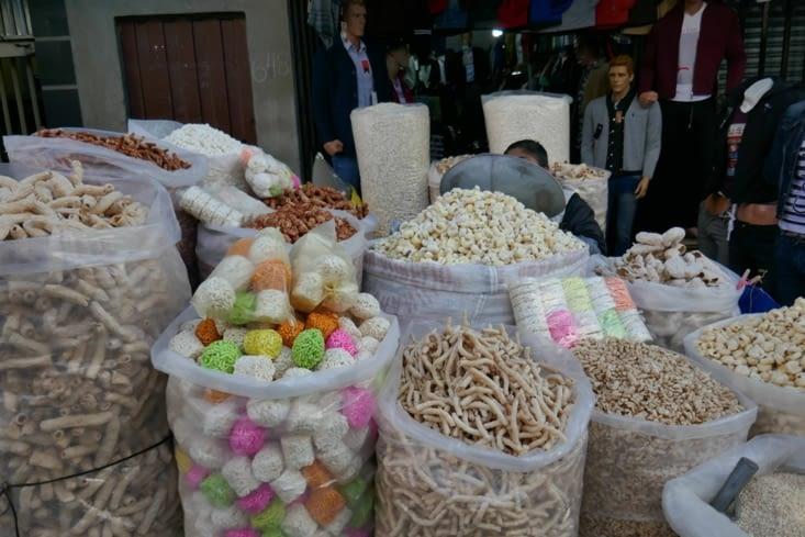 Des sacs énormes de céréales