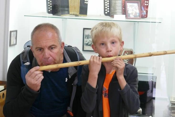 Une flûte à plusieurs joueurs simultanés