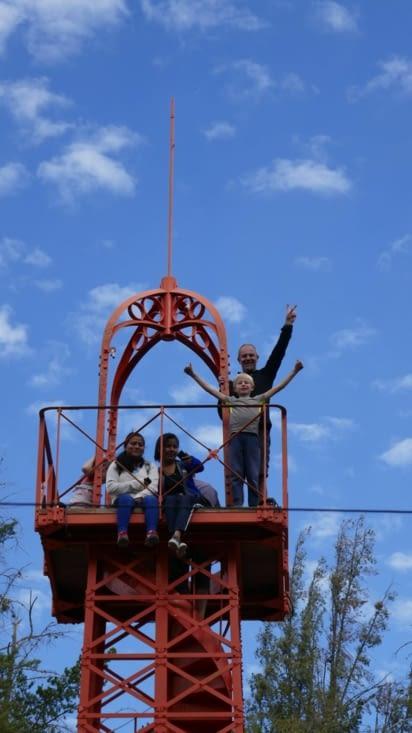 Les ASM (Agent Secret Militaire) au sommet de la tour Eiffel !