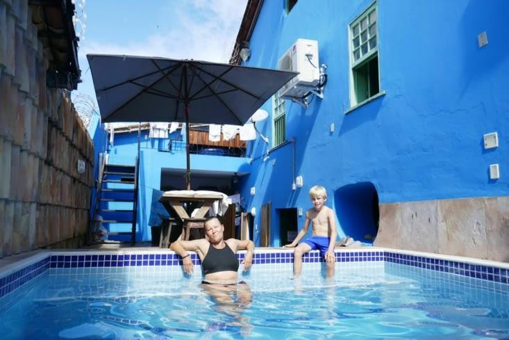 Une petite piscine bien agréable aux heures chaudes