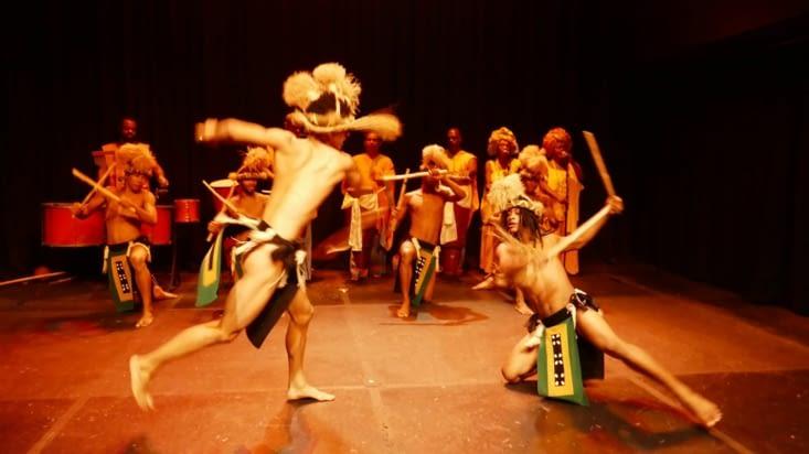 Enfin un spectacle de Capoeira...