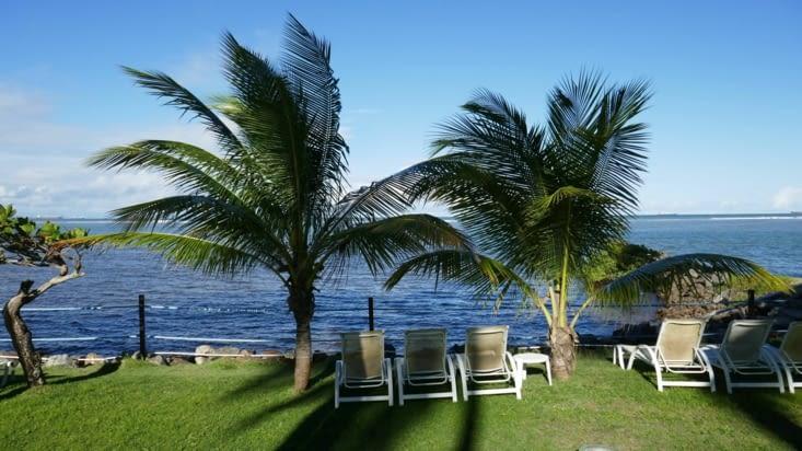 chaise longue côté mer ou piscine ?