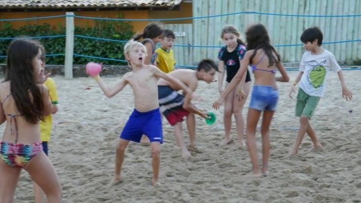 beach volley avec ballon d'eau