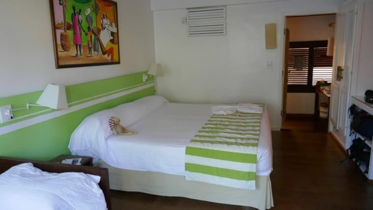 notre chambre avec doudou