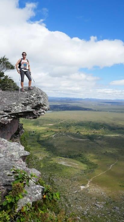 Joli point de vue sur notre grimpette. Va un peu sur ta gauche, Soiz,  pour la photo ....