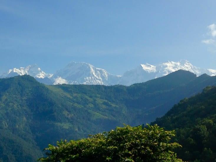 Vue matinale sur l'Annapurna
