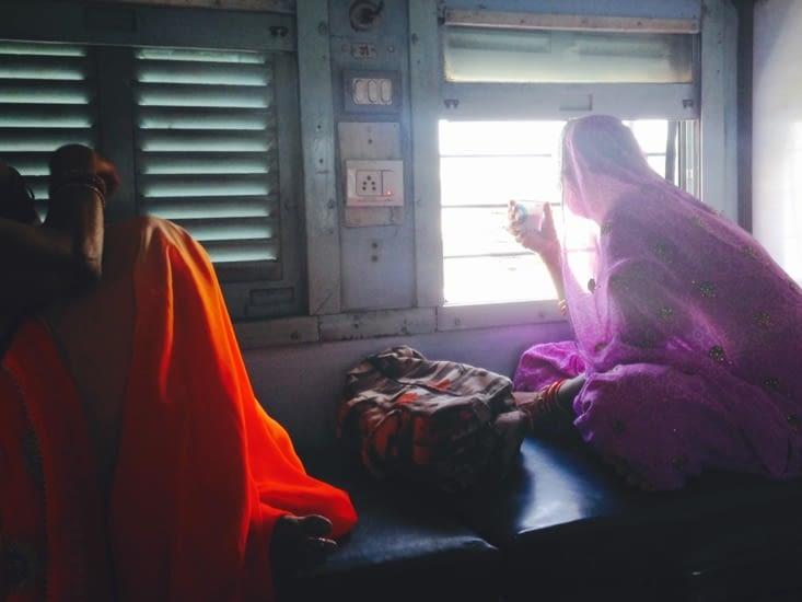 À bord, à l'heure du thé...