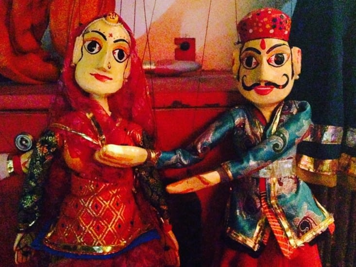 Les célèbres marionnettistes du Rajasthan : retour en enfance le temps d'une soirée