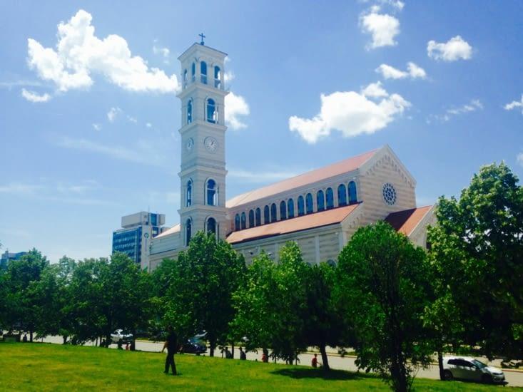 La cathédrale Mère Teresa.