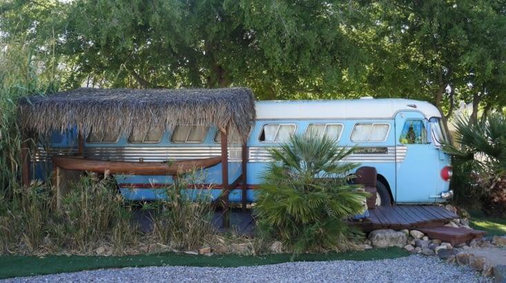 La star du camping, le fameux Tiki bus de 1947