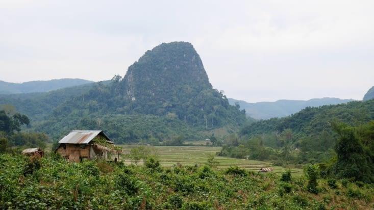 """""""L'arrière pays"""" de Muang Ngoy"""