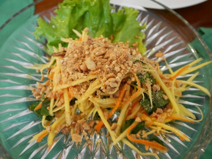Une délicieuse salade de mangue verte