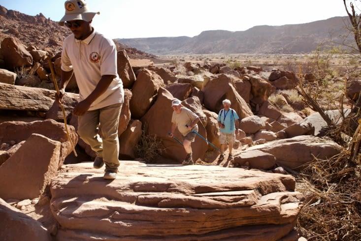 marche dans les rochers, le guide, René et Marcel