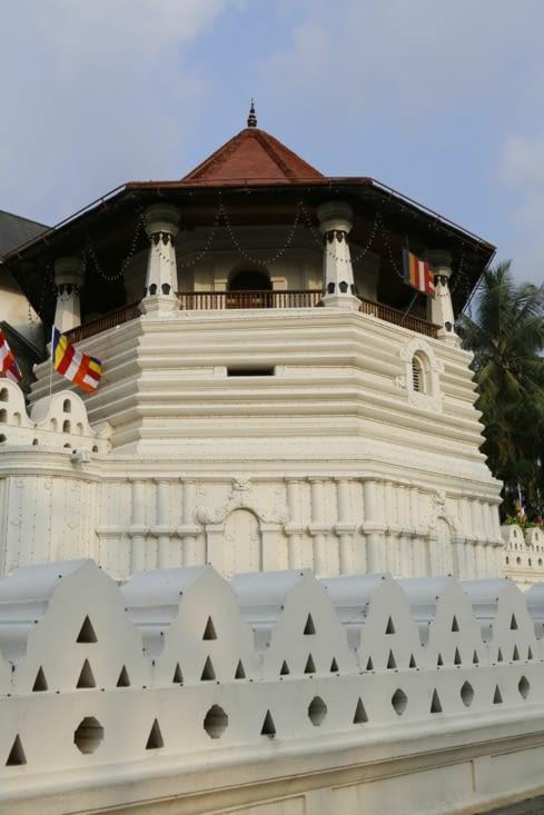 Temple indhou tour exagonale