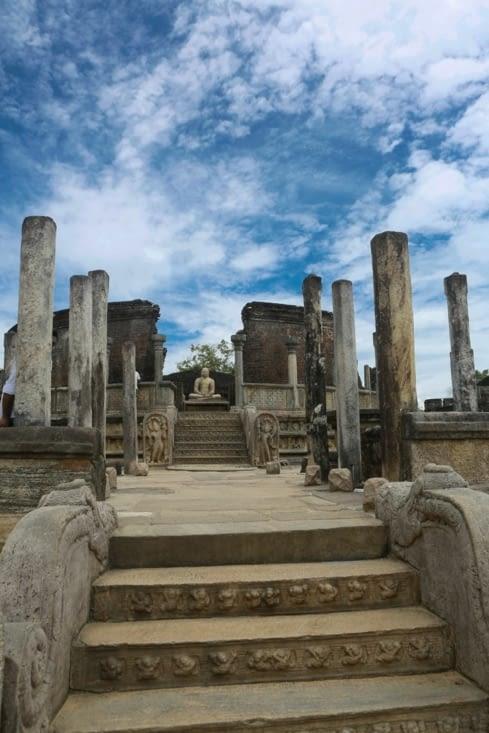 Les ruines du palais de nos jours.