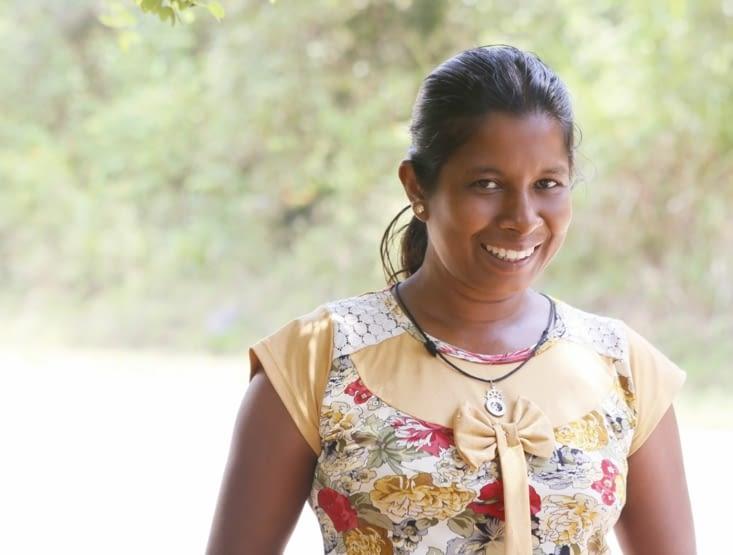 Je vous présente Ayesha (la vie), vendeuse de maïs sur les bords de route