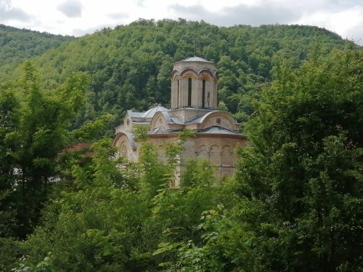 Le monastère de Lioubostinia