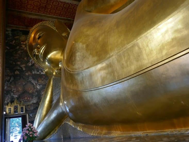 Le voila, le Bouddha couche!