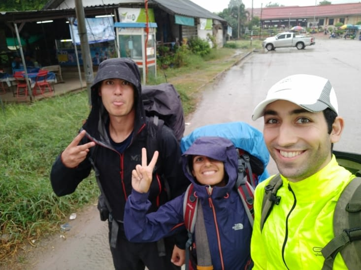 Arrivée sous la pluie