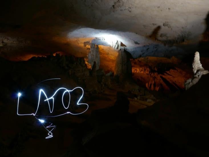 A l'interieur de la grotte
