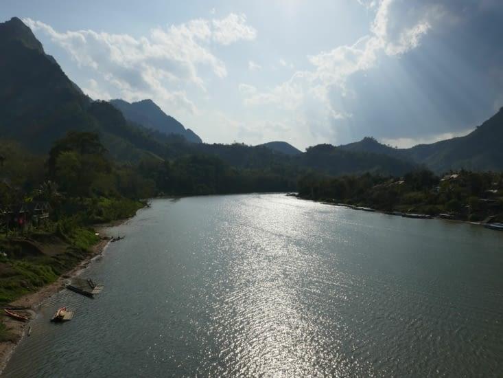 bateau sur le Nam Ou