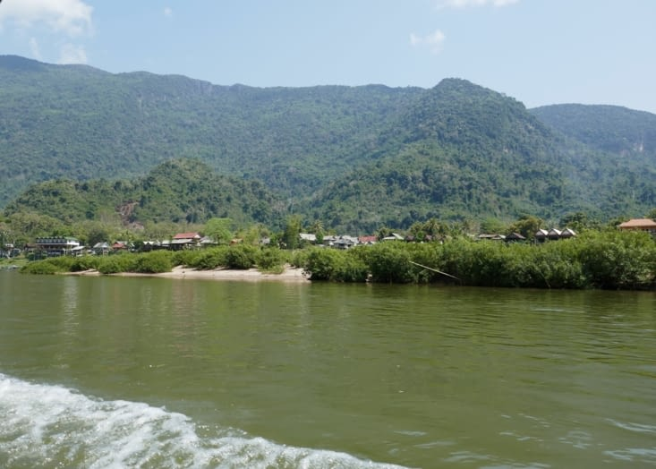 Muang Ngoy en vue