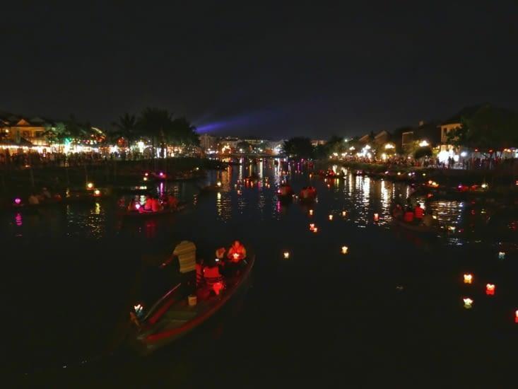 La nuit tombée sur Hoi An